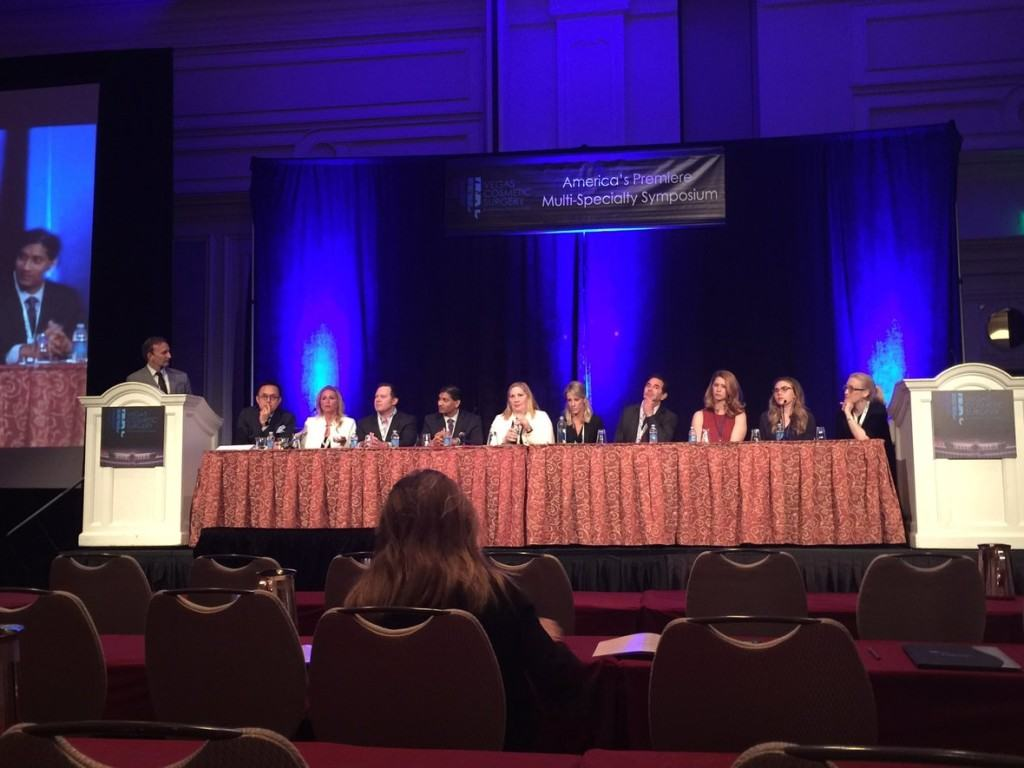 Dr. Dayan and Vanessa Florez Moderating the Panel at Vegas Cosmetic Surgery