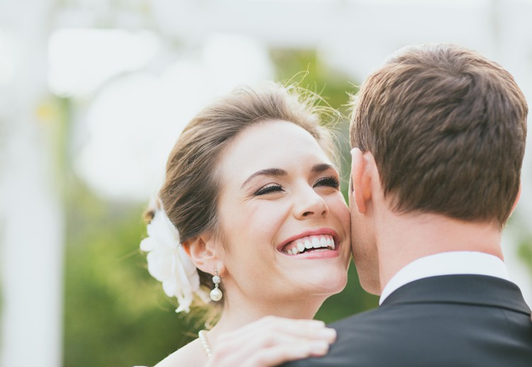 Get the Brightest and Whitest Smile on Your Wedding Day